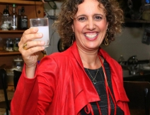 Nurit Borger Yanai – connected to life