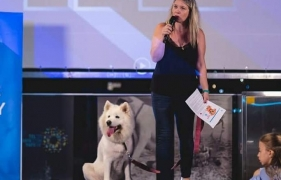 Hila Sidi & Bianca – DOG STORIES